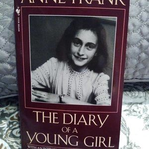 📚$7 Anne Frank The Diary of a Young Girl